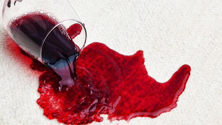 hogyan lehet eltávolítani a foltok vörös foltjait