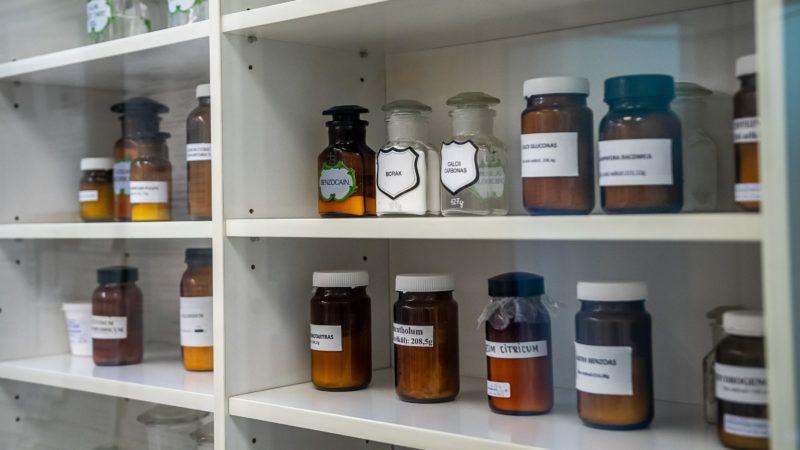 homeopátia gyógyítja a pikkelysömör)