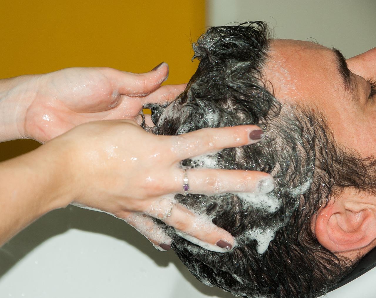 a fejbőr pikkelysömörének kezelése kórházban)
