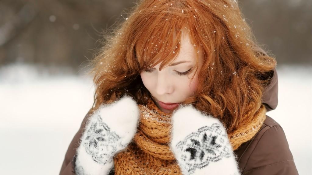 piros foltok az arcon télen