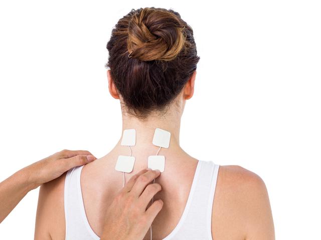 hogyan kezeljük a fejbőrt pikkelysömörrel vörös pattanások a bőrön, majd foltok keletkeznek